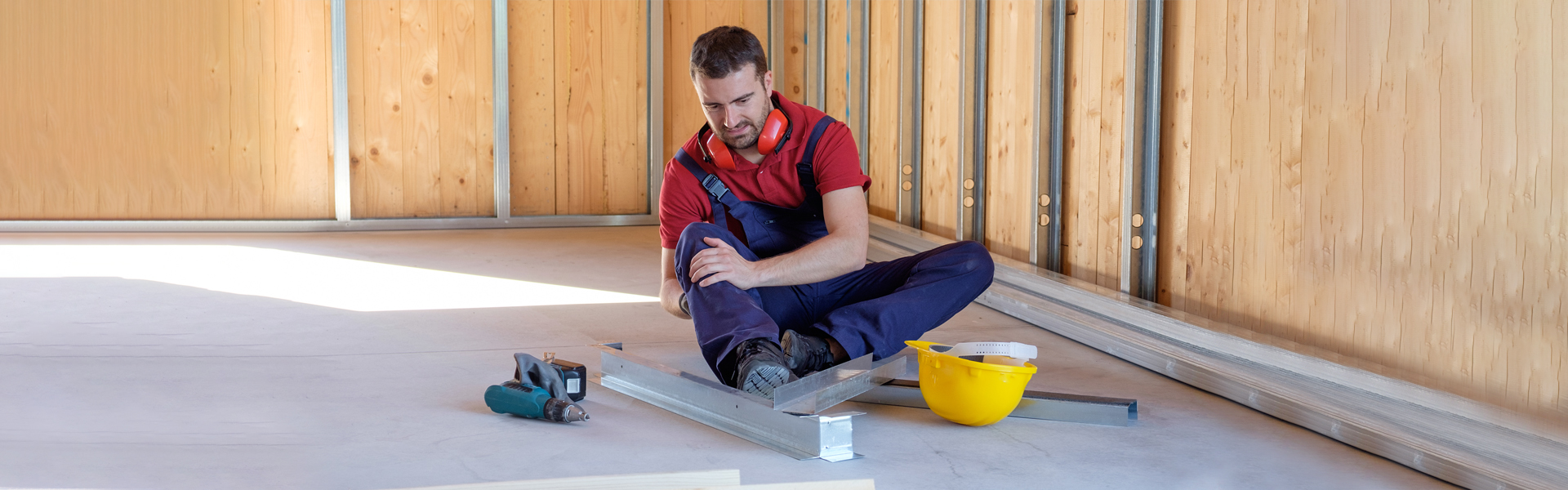 Workplace accidents or falls emergency care in Hosuston, TX